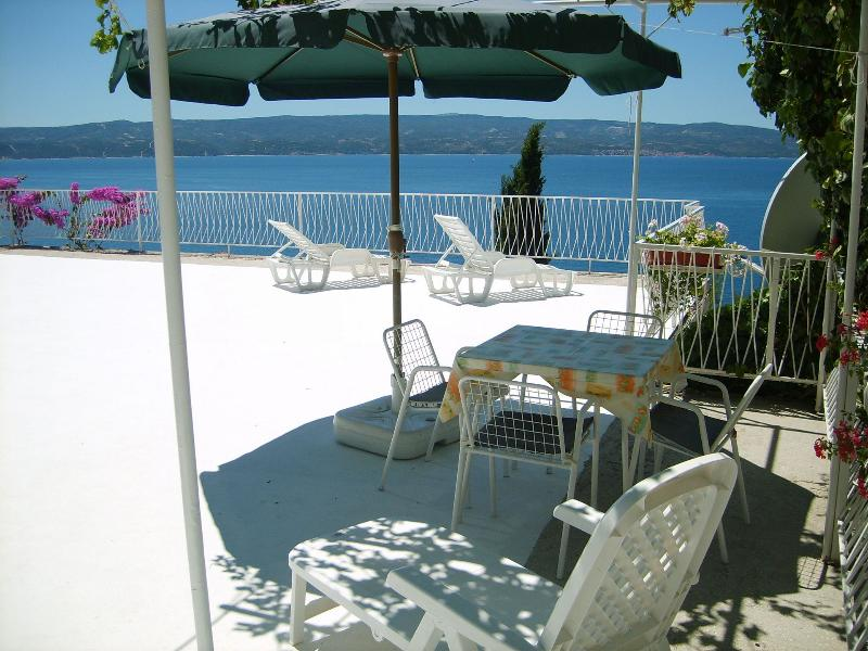Ivan A2(3) bungalov - Omis, vacation rental in Omis