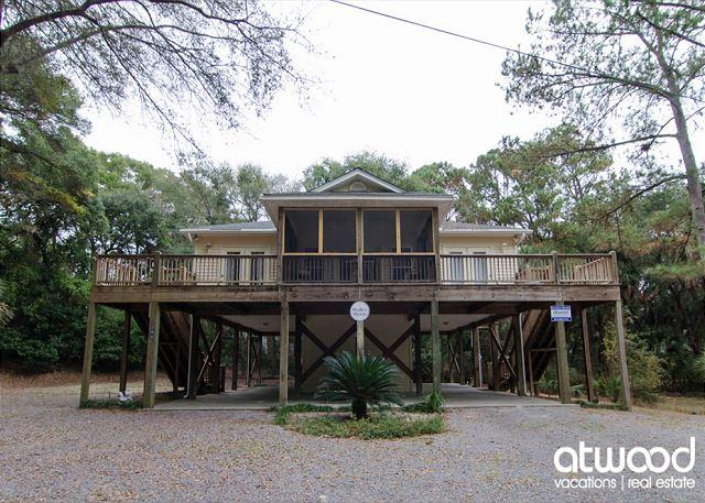 Morillo's Miracle - Comfy, Quiet Getaway Home on Edisto Beach, holiday rental in Edisto Island