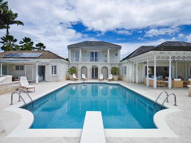 Sandy Lane - Aurora, vacation rental in Holder's Hill