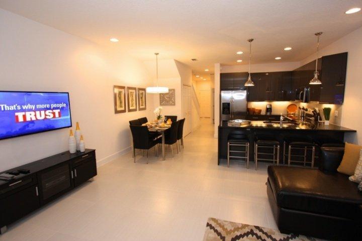 Living area, free wifi, DVD