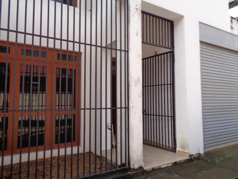 Spacious 3 Bed Room Furnished A/C House For Rent, alquiler vacacional en Panadura