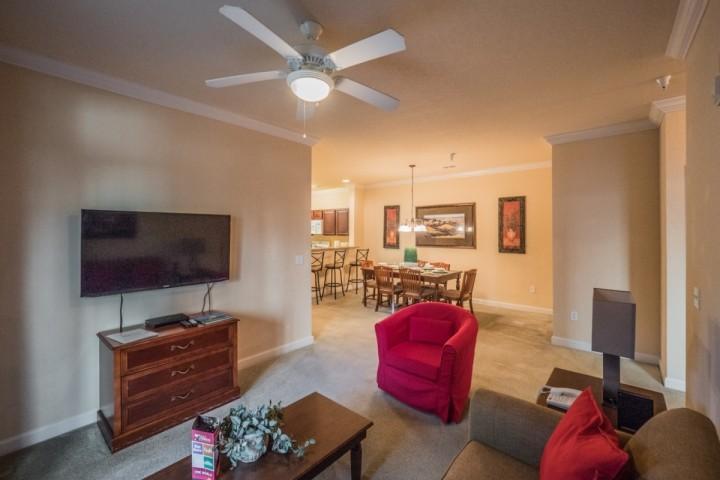 Quaint Living Area w/Large Flat Screen TV
