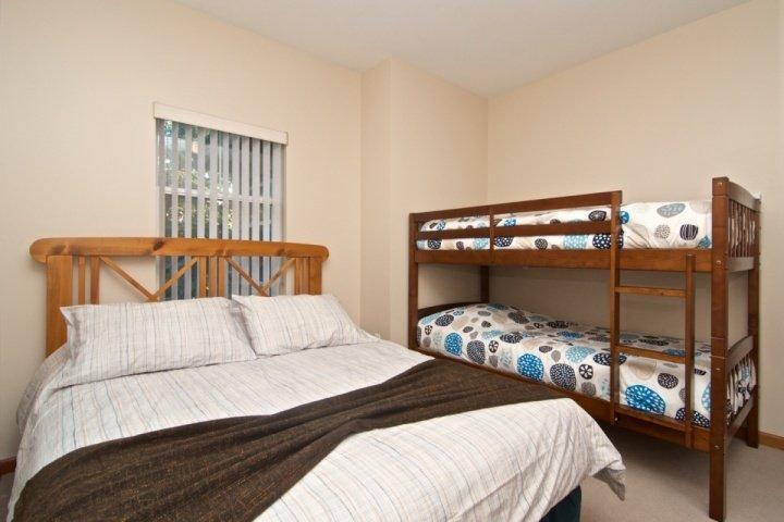 Alle neuen komfortablen Bettdecken und Bettwäsche