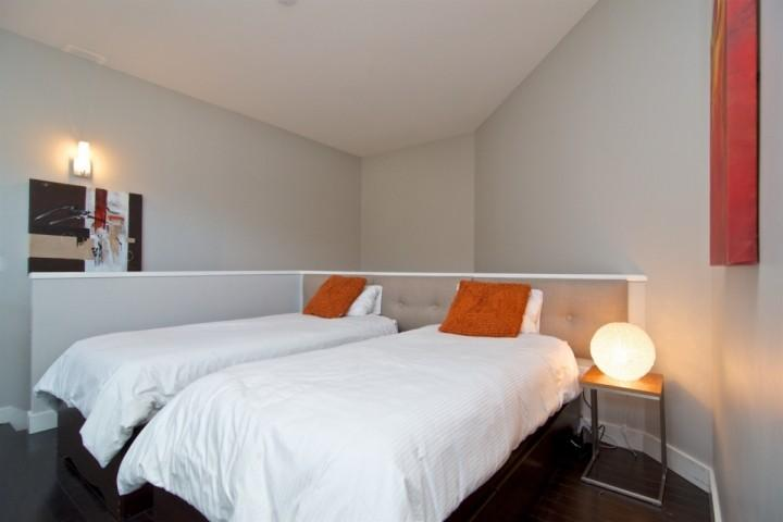 Upper Loft with 2 Twin Beds