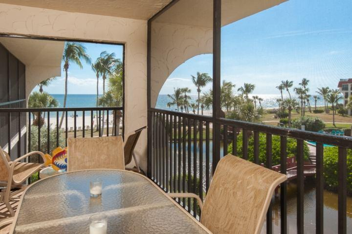 Private Lanai with a Great View!