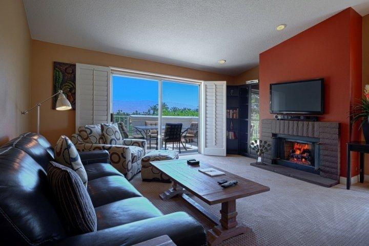 Spacious Open living room with mountain views