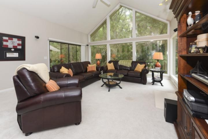 Comfortable Family Room with Cathedral Ceiling and Natural Light