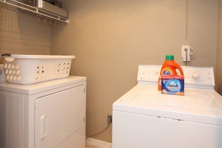 lavadora / secadora en el apartamento