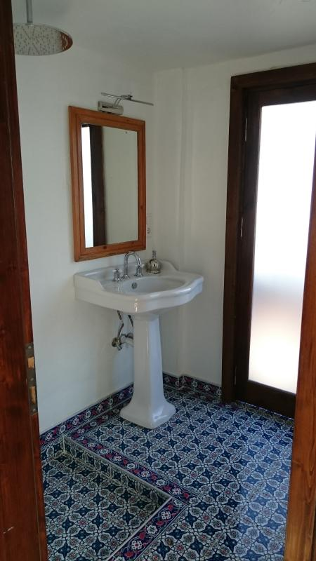 bathrooms colorfully decorated with Turkish tiles