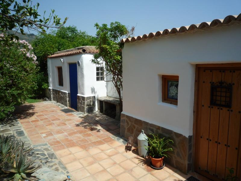 Welcome to our beautiful double fronted villa nestling in Las Alpujarras