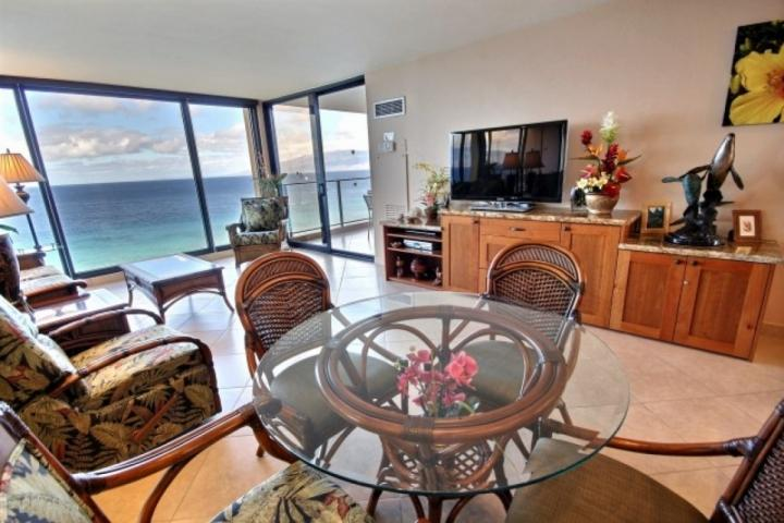 Imagine relaxing and dining from this direct oceanfront property - oh what views!