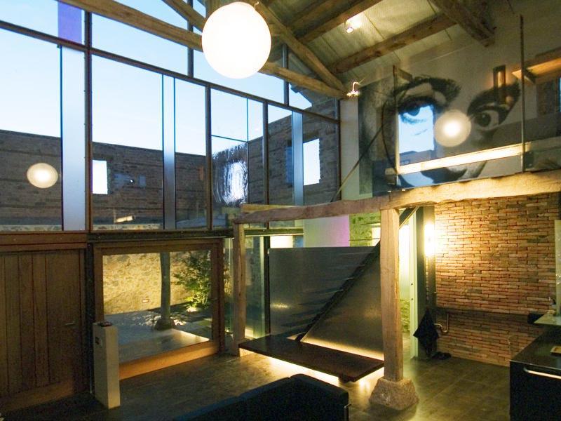 La Ruina Habitada, arquitectura de los sentidos, holiday rental in Reinosa