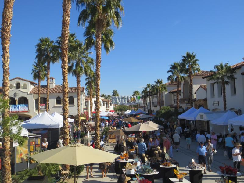 Old Town La Quinta is just minutes away with lots of Great restaurants, coffee shops and shopping.