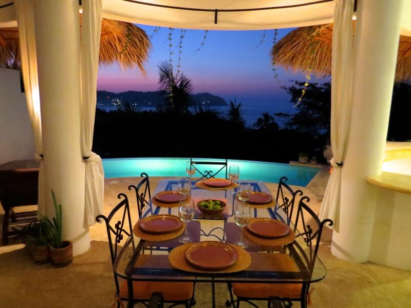 23ft HEATED* INFINITY POOL-Stunning OCEAN VIEWS, holiday rental in Sayulita