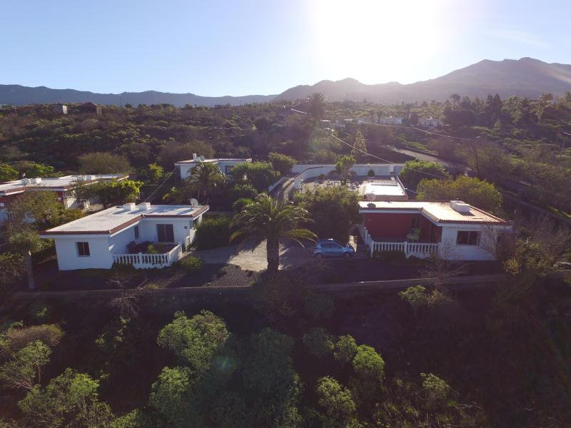 Los Guanches bungalows,double bedroom,great views., holiday rental in El Paso