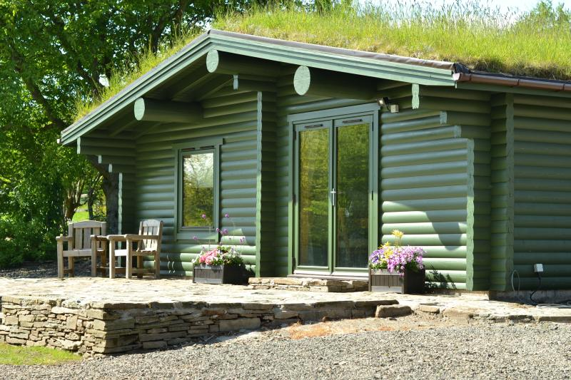 Beautifully fitted cabin in tranquil location.
