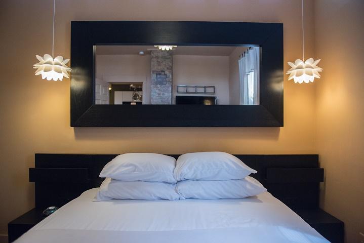 Cincinnati Furnished Apartment Bedroom 4 S1
