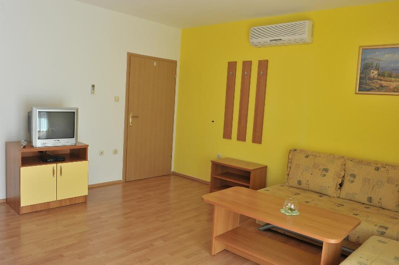 Šutalo Apartment 1, holiday rental in Zaton