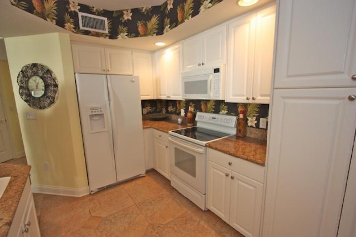 Fullt utrustat kök med granit bänkskivor-Perfekt för Melas Stora och små