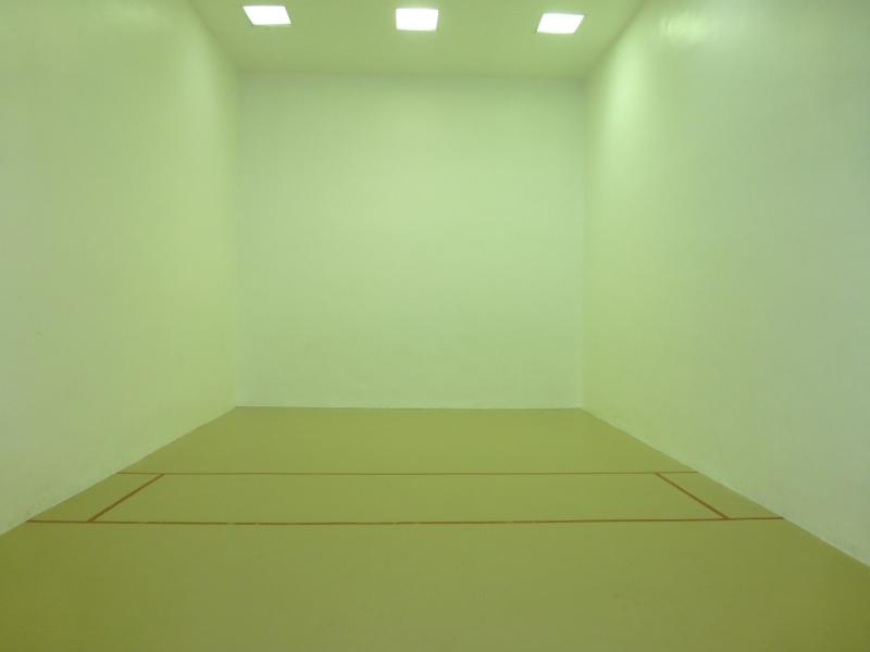 Indoor AC racquetball