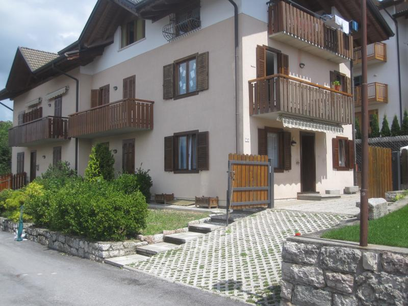 Appartamento loc. 'Torre', holiday rental in Cles