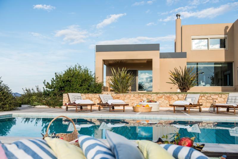 Villa Mariposa- Private relaxing pool area.