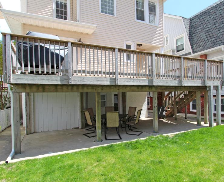 Rear deck - great for bbq and meals