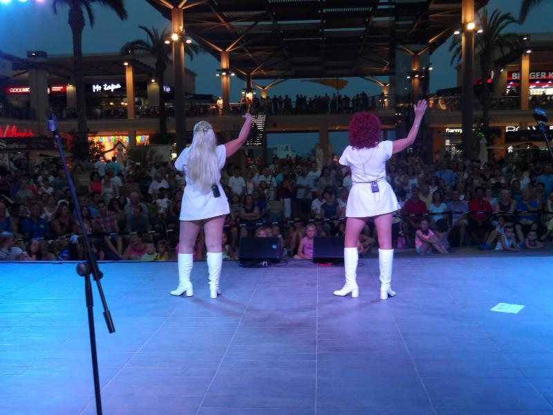 Free entertainment at Zenia Boulevard