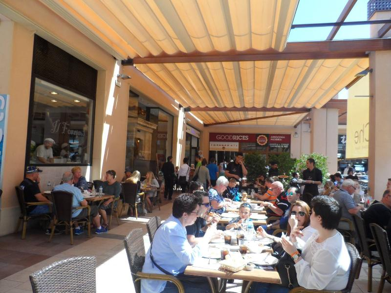 Dining out in Zenia Boulevard