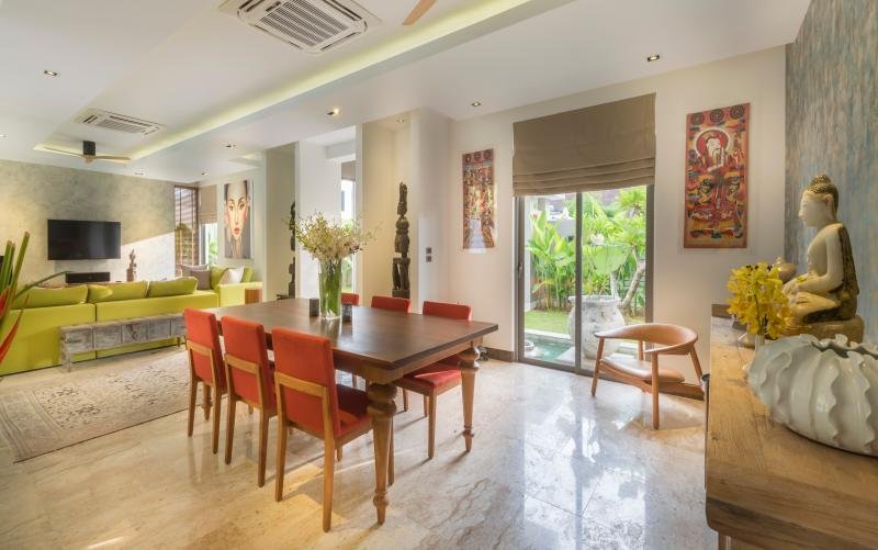 Indoor Dining Area for 6 to 8 persons