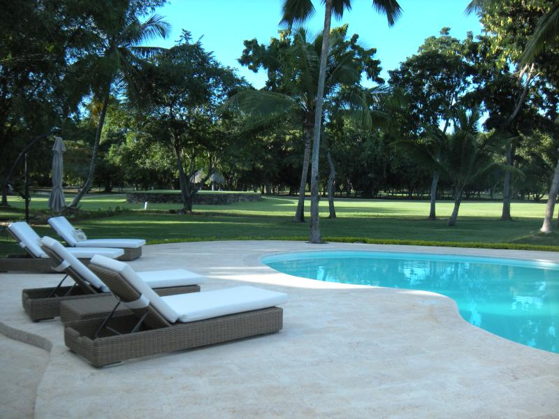 Spectacular Punta Aguila - Teeth of the Dog view, Ferienwohnung in La Romana Province