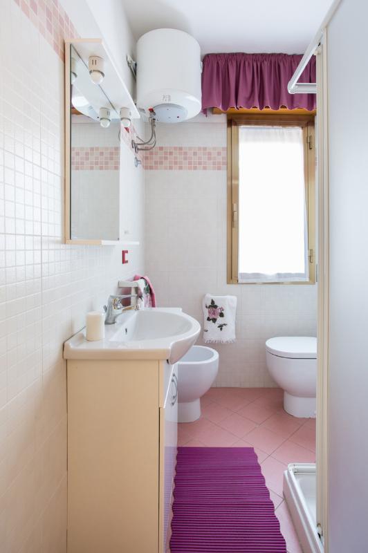 salle de bains app # 8
