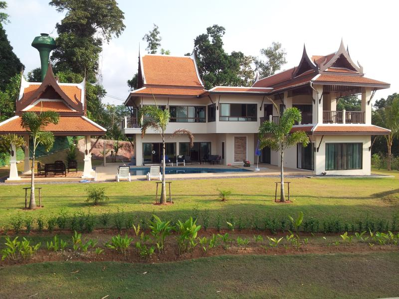 Villa Khao Lak, holiday rental in Phang Nga