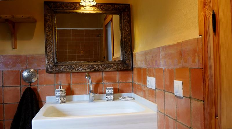 Baño con bañera planta alta