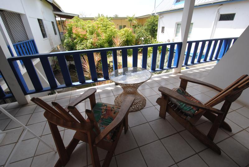 Bananaquit- Cosy Loft w/ kitchen close to beaches 9 – semesterbostad i Trinidad Och Tobago