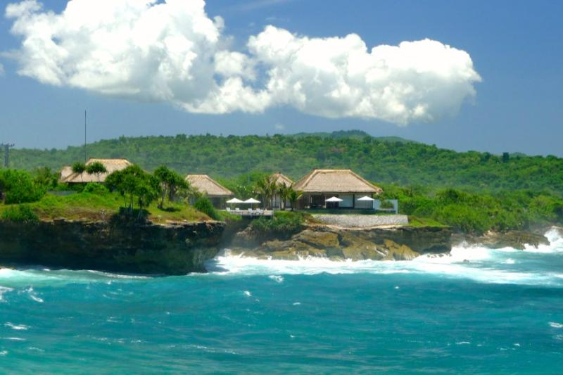 Villa Bahagia -the ultimate in island living - luxury accommodation on a magical island.