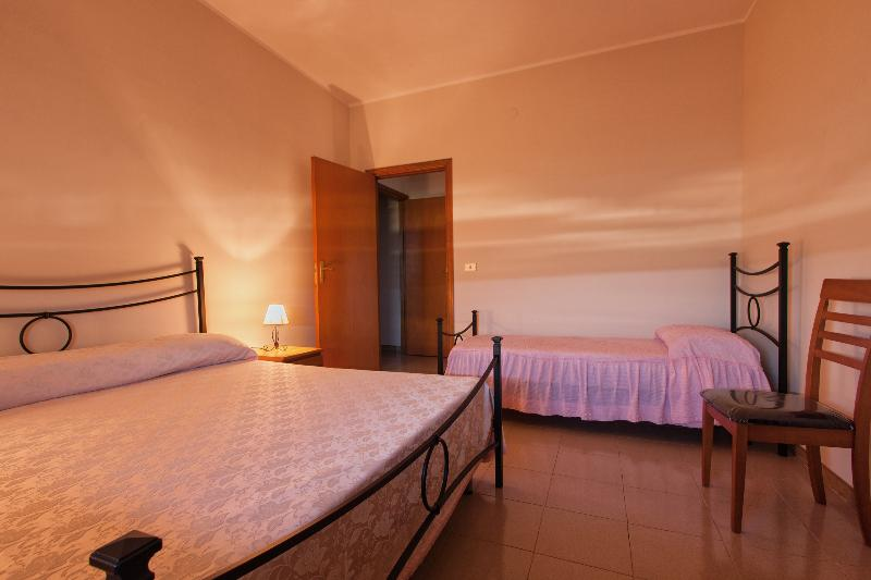 B&b/casa vacanza Giacchi, holiday rental in Cassaro