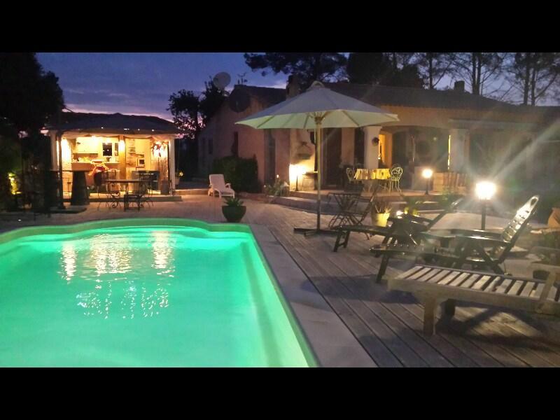 Le Jardin des Selves Au cœur de la Provence, idéalement situé entre la mer et les Gorges du Verdon.