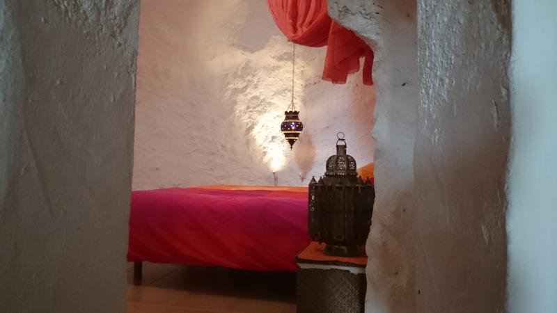 Casa con cueva, aluguéis de temporada em Nijar