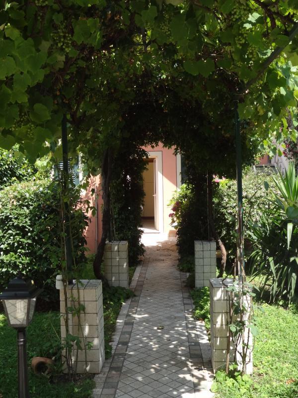Entrance to the flat via the garden