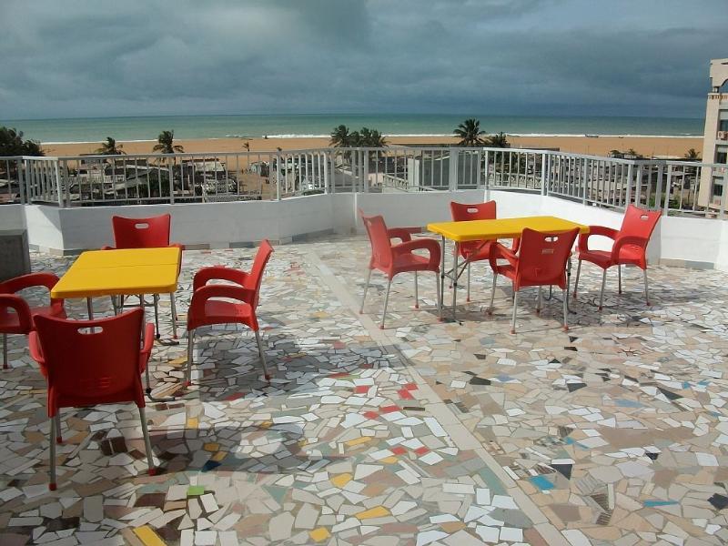 Appart 4 avec Terrasse privée VUE SUR MER, holiday rental in Ouidah