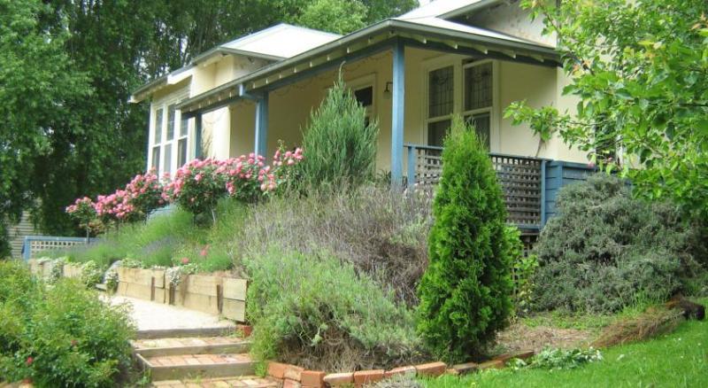 Summerhill Farm Bed & Breakfast - Edwardian Suite, vacation rental in Cape Schanck