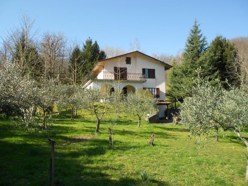 Chris Casa Muccini, holiday rental in Fivizzano