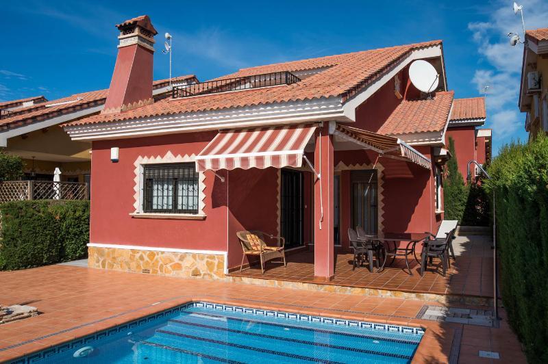 Luxury Villa in El Raso, Guardamar del Segura, alquiler vacacional en Guardamar del Segura