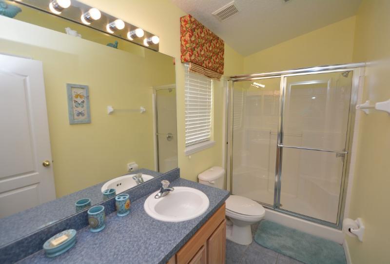 Master camera da letto 1 bagno con doccia
