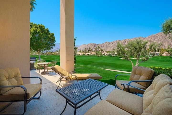 PGA West Palmer on Shoal Creek, 2nd hole, Golf and Mountain Views, holiday rental in La Quinta