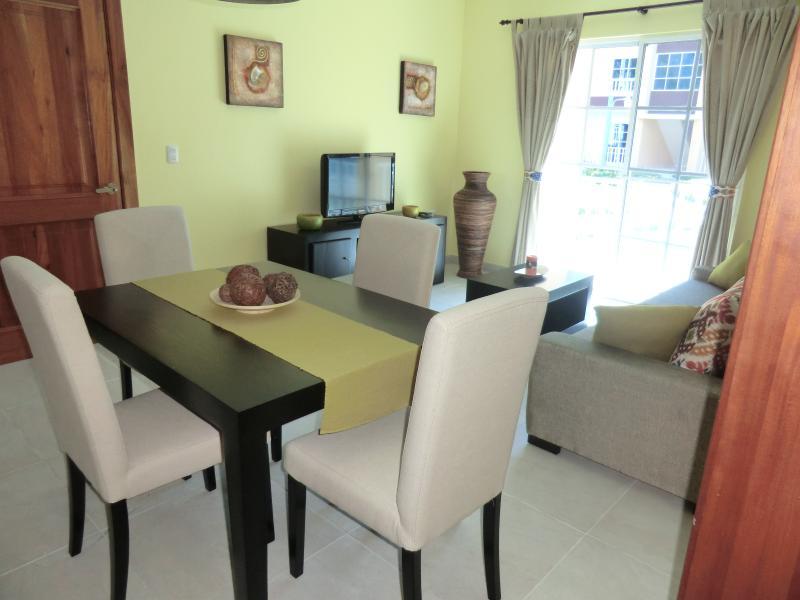 eetkamer en zitkamer