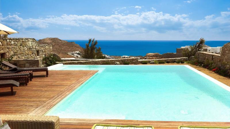 Villa Nestor, Ferienwohnung in Kalo Livadi