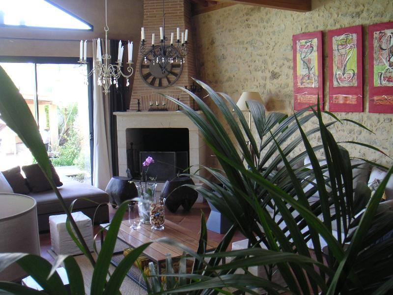 B&B Chambresenvigne around St Emilion 3, vacation rental in Auriolles
