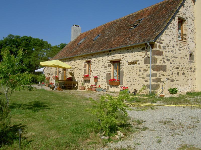 17th century french farmhouse